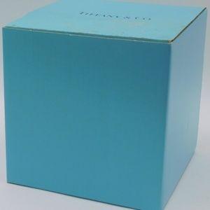 TIFFANY&CO Scroll Handled 6 1/4in Ice Bucket